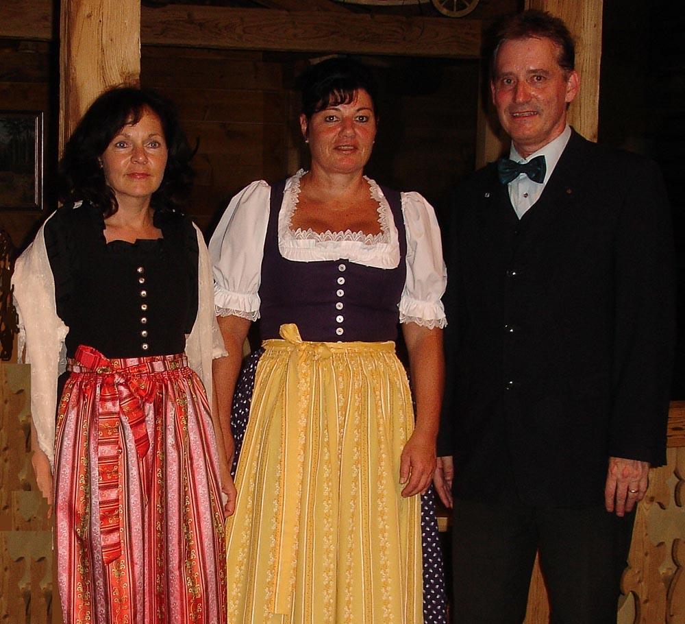 Nowak Immobilienteam mit Ursula Hölzl, Christine Ziegler und Armin Nowak